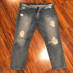 NWOT skinny Boyfriend jeans!